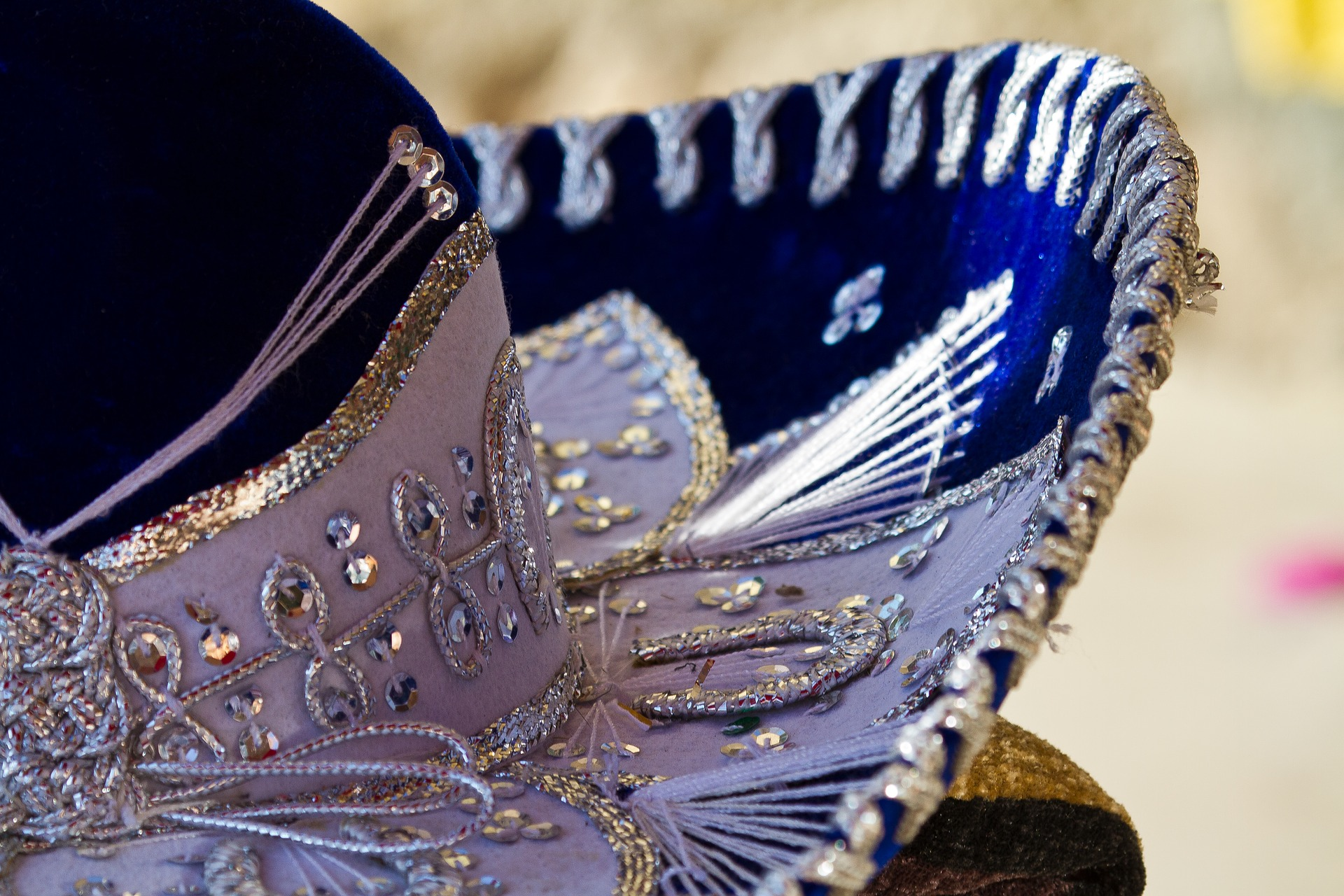 Cinco de Mayo - Extra facts to fill the idle chatter - Scranberry Coop - Vintage Store - Antiques, Collectibles, & More