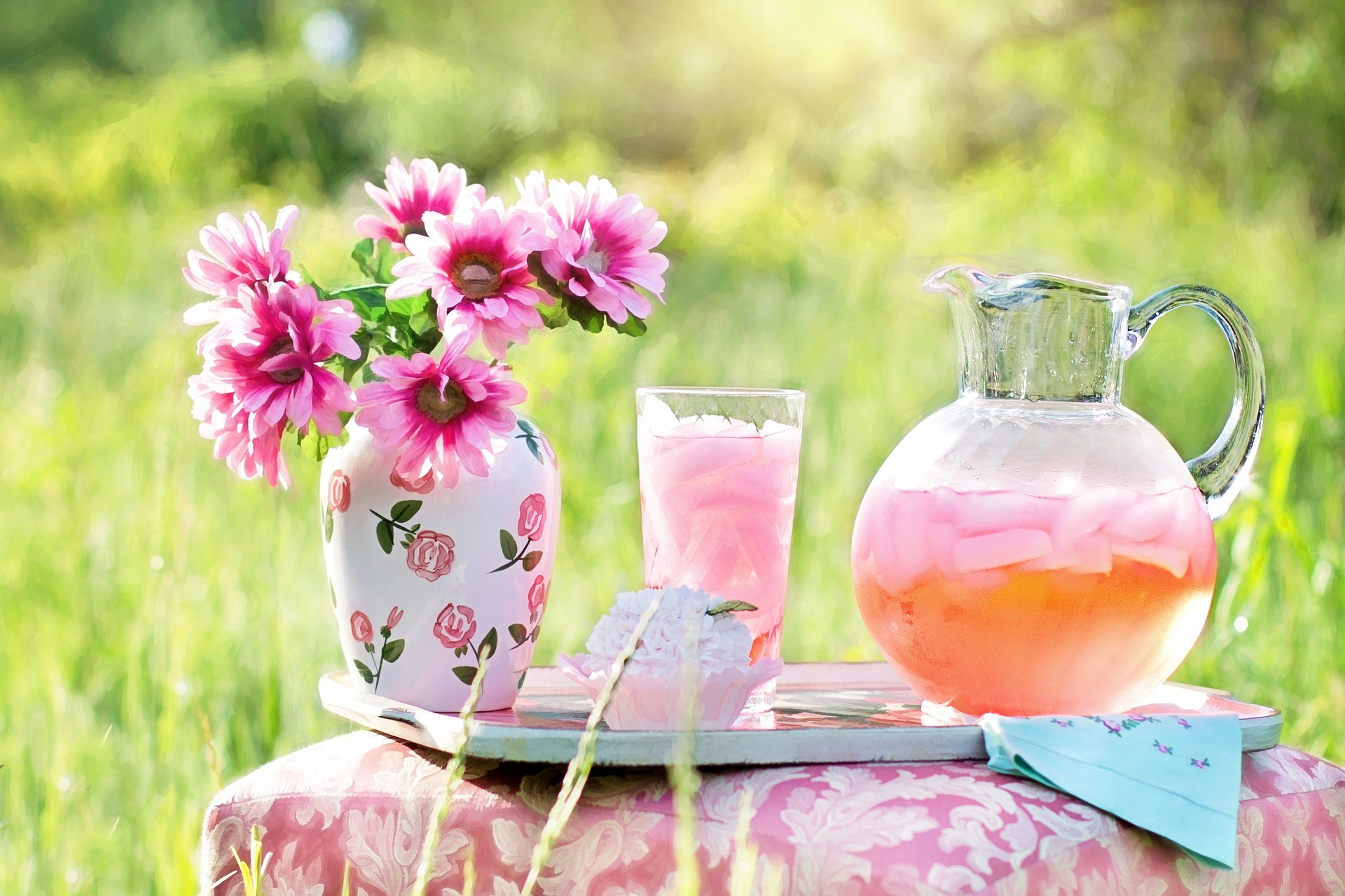 5 things to love & dislike about summer - Scranberry Coop - Vintage Store - Antiques, Collectibles, & More