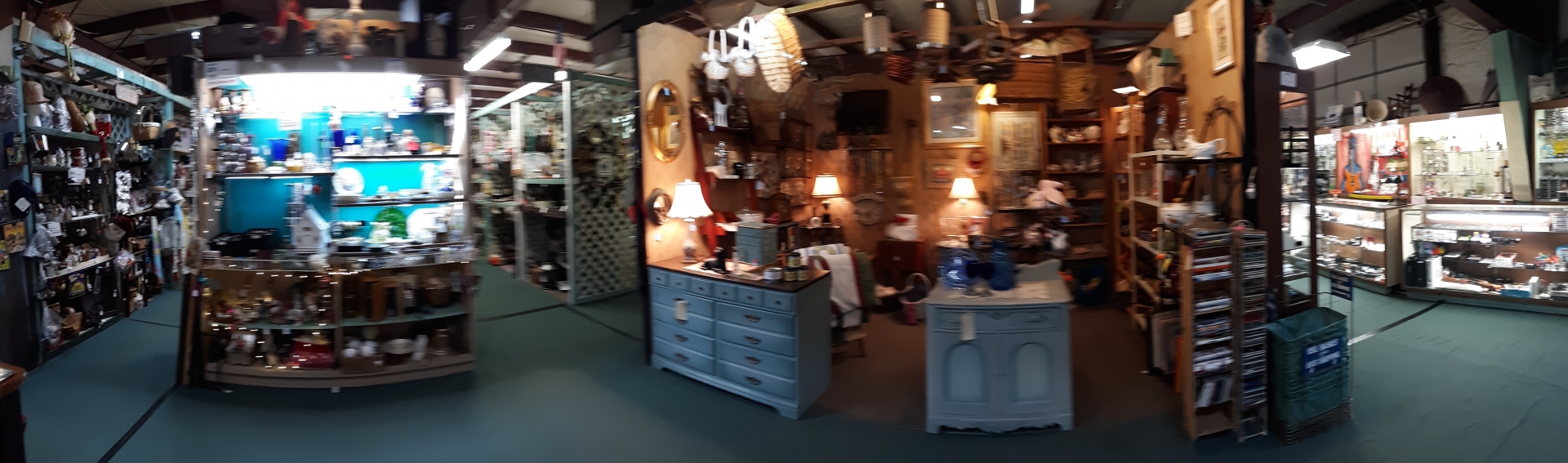 Scranberry Coop - Vintage Store - Antiques, Collectibles, & More